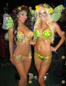 The famed naked painted girls...yes they are completely naked.